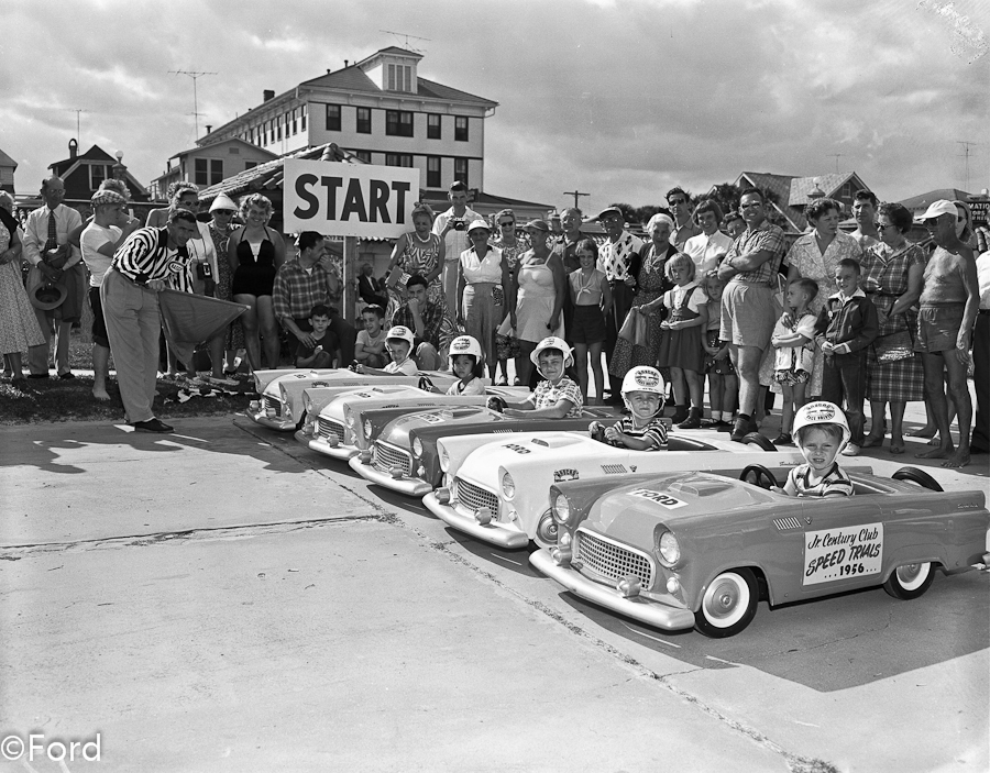 the nascar craze in the 1950s Thunder road – the first muscle car movie july 20 is set in the late-1950s era of moonshine bootlegging which officially started the muscle car craze.