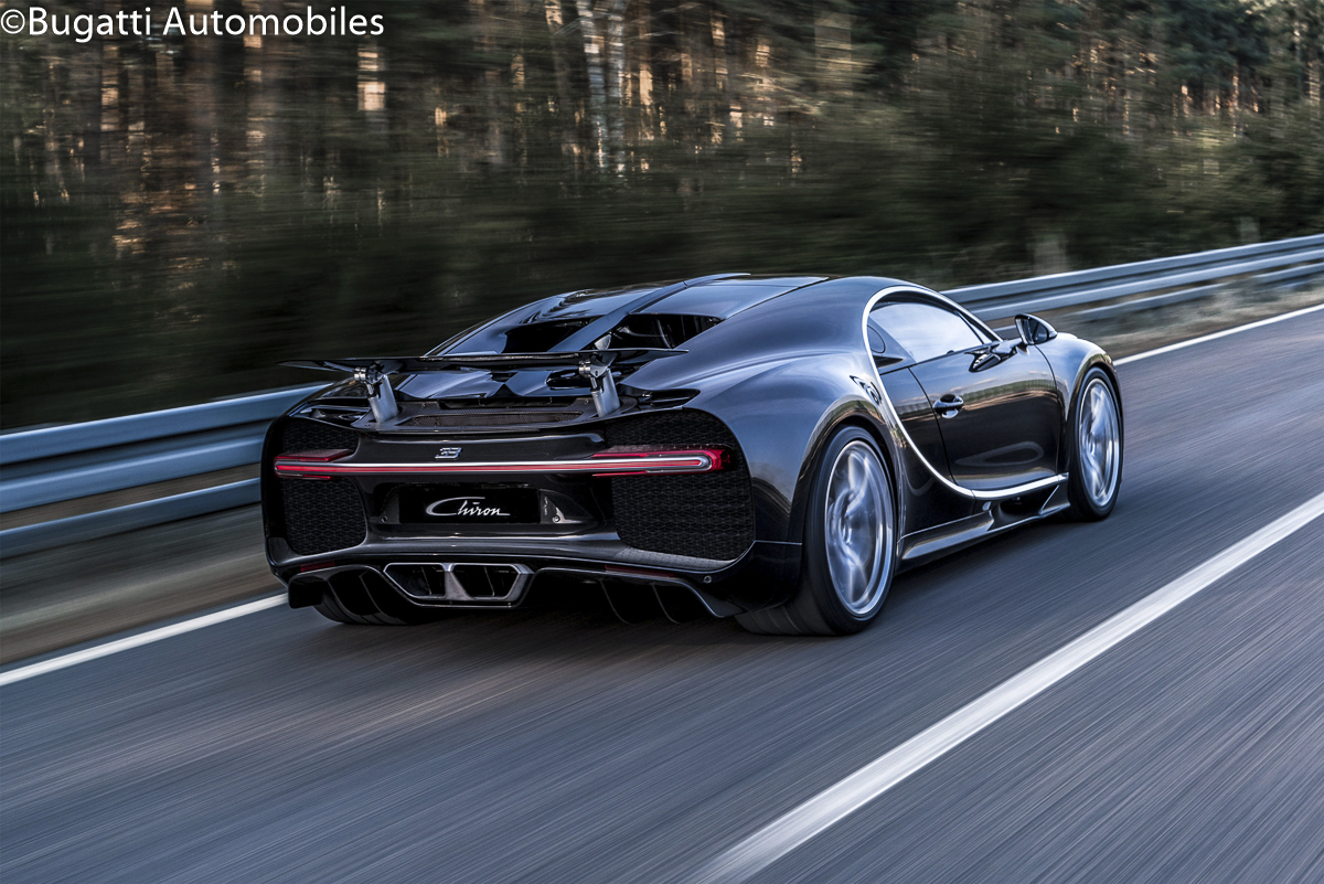 108469-06_chiron_dynamic_34-rear_web